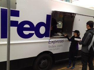 FedEx set up a pop-up pizza truck!