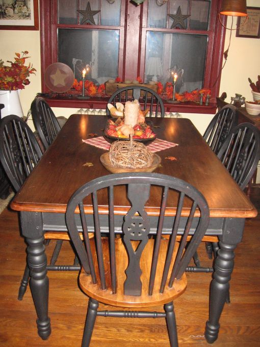 Primitive white dining chair primitive dining room for Dining room designs hgtv