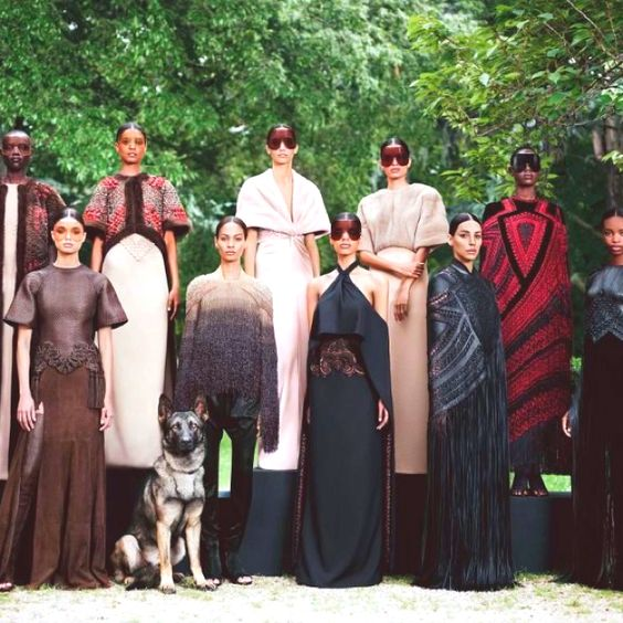 Givenchy Couture. ❤