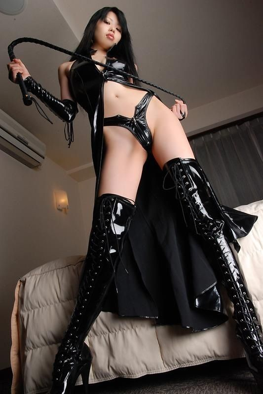 asian-girl-in-leather-bondage-nude-vintage-blonde-males