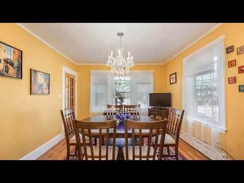 Come By To See This Lovely Colonial Home With The Potential In Law On This Quiet Quincy Center Neighborhood Three Season Room Spacious Kitchens Colonial House