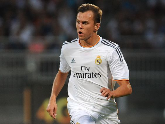 Denis Cheryshev out of Euro 2016