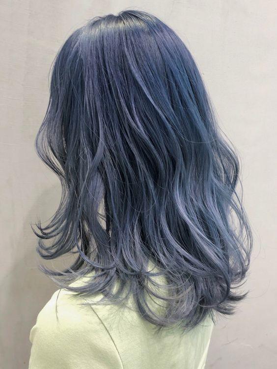 「30029」 今、日本で一番予約されているサロン♪ インスタフォロワー49万人突破!【@album_hair】予約はホットペッパービューティーから♪ #アイスブルー #前村大介 #ALBUM_GINZA #セミロング #ロング #ウェーブ #hair #hair_color #makeup #hairstyles #銀座 #ヘアカラー #ヘアスタイル #ネイビー