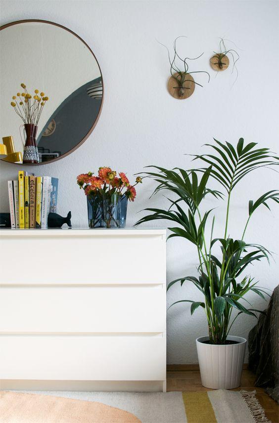 Seasonal Bedroom Makeover · Happy Interior Blog
