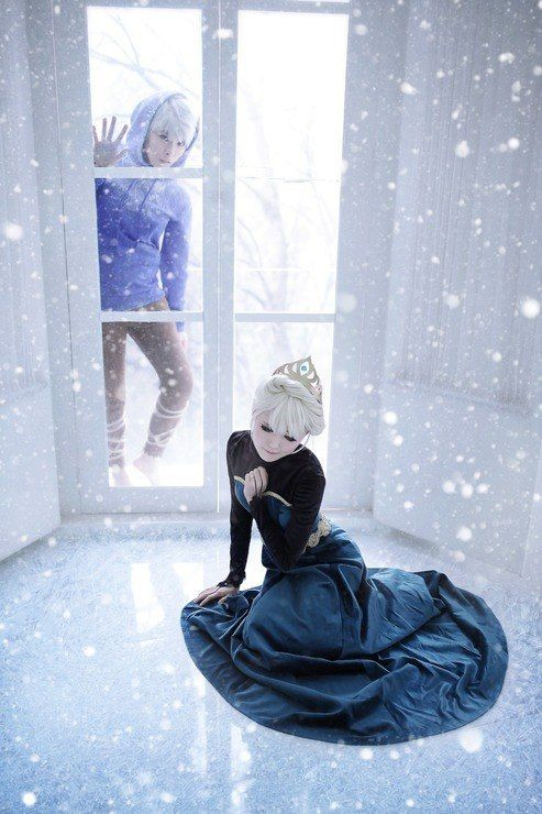 Jack Frost and Elsa cosplay. This is so beautiful <3
