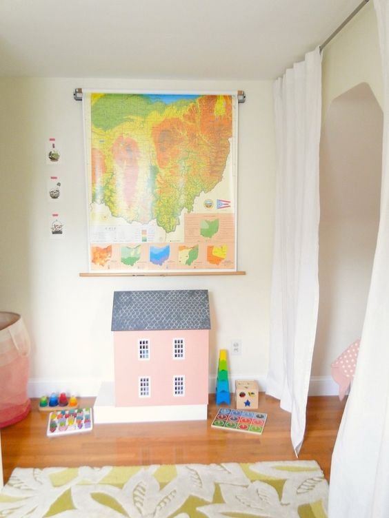 inspiration for kid's room - like the map