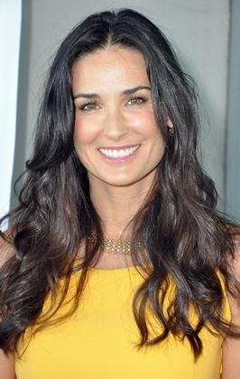 Demi Moore - raw food VEGAN. Good for her!