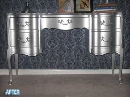 Rustoleum's metallic aluminum enamel paint...wow! Remember this for metal serving tray.