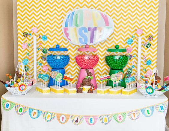 Holy moly, look at this Easter party extravaganza. I love the giant gumball machines!