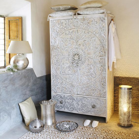 Armoire en manguier massif blanche et argent e l 110 cm for Armoire newport maison du monde