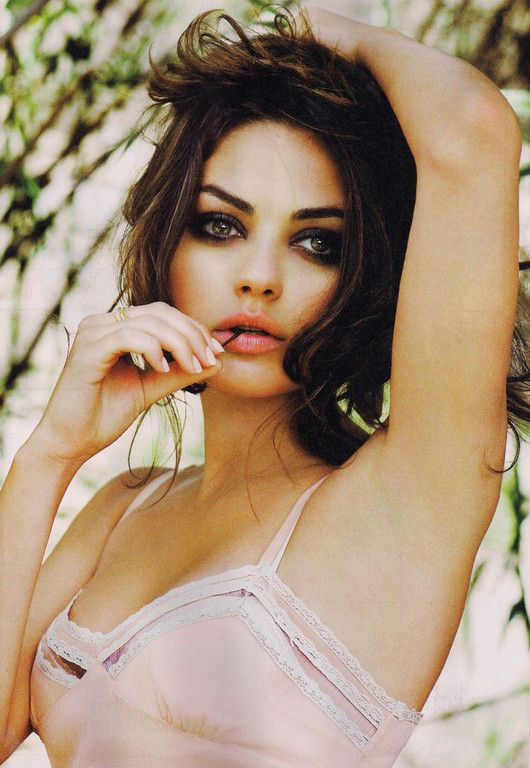 Mila Kunis' Subtle and Shadowy Cat Eyes