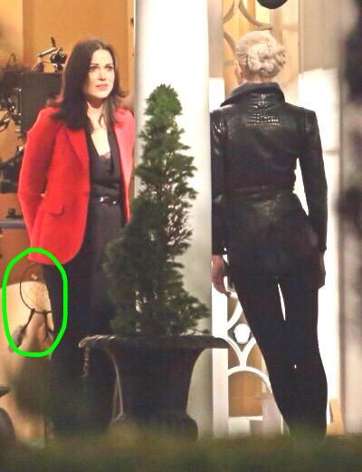 """Team OUAT™ on Twitter: """"*SPOILER*  Lana is holding Neal's dreamcatcher! http://t.co/lF8IArexy4"""""""
