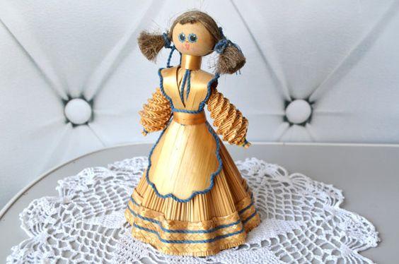 Vintage Straw Doll Folk Art Doll Souvenir Doll Straw by bestLuba