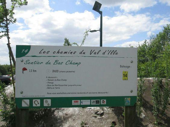Vignoc. Boucle 14 du Bas Champs.  Photo avril 2015, Duracel. kurt1.fr