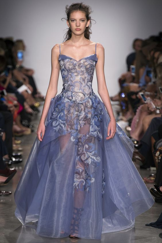 Zac Posen Spring 2017 Ready-to-Wear Fashion Show - Caroline Reagan