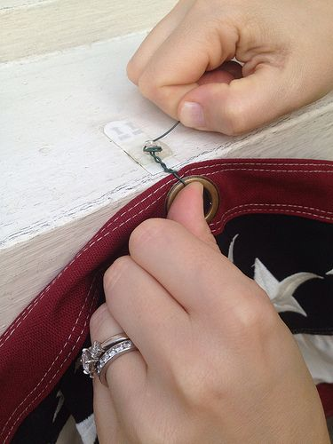 how to use perma removable hooks