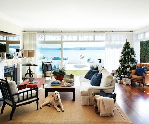 Cozy Family Room Features Two Seating Areas Minimalist Living Room Design Transitional Living Room Design Family Room Layout