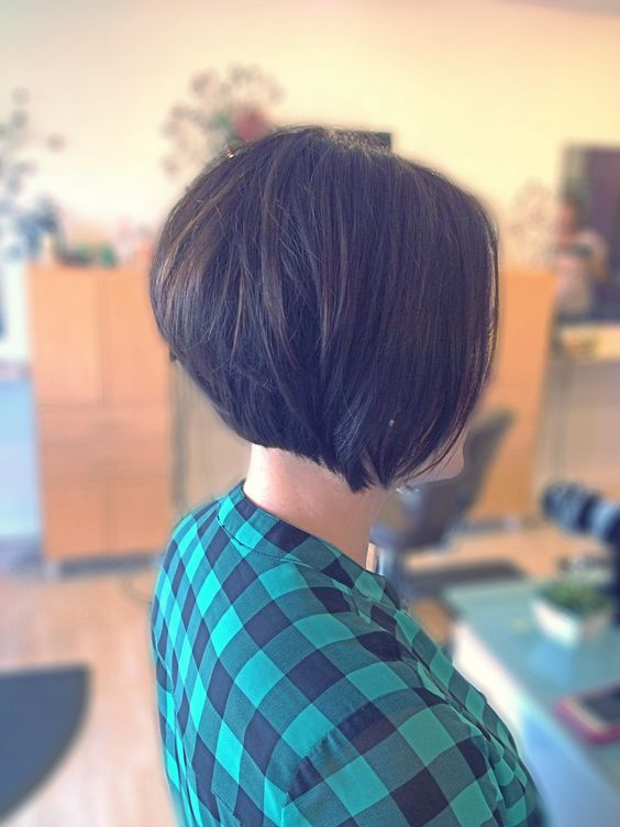 back view short classic layered bob hairstyles pinterest stacked bobs short bobs and bobs on pinterest