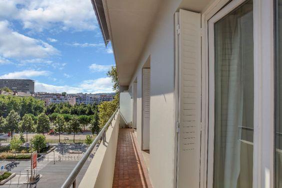 Appartement, 77 m² T-3 à acheter à Lyon 6 pour 279000 € avec ORPI