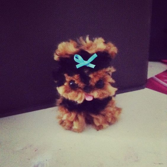 Cute dogs that you can make out of yarn kit called pom for Pom pom puppy craft