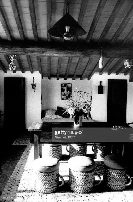 La Madrague', la maison de Brigitte Bardot à Saint-Tropez en 1960, en France .
