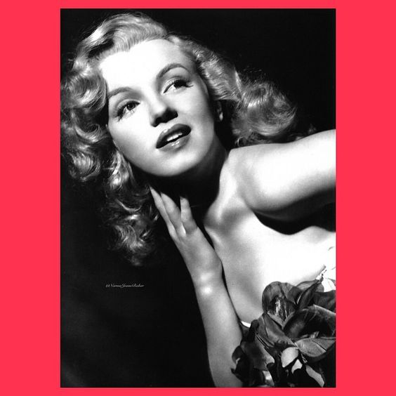 A studio publicity shot of the young starlet Marilyn ❤️⭐️⭐️⭐️ #Marilyn #Monroe #MarilynMonroe #NormaJeane #MarilynsMagic #GorgeousMarilyn #StunningMarilyn #FlawlessMarilyn #GlamorousMarilyn #ElegantMarilyn #BeautifulMarilyn #LovelyMarilyn #TimelessMarilyn #MagnificentMarilyn #VintageMarilyn #OldHollywood #Manroes #Marilynettes #MM #NormaJeaneBaker