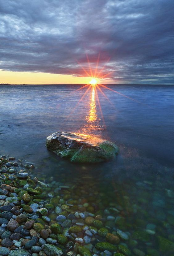 Lake+Ontario+by+donald+luo+on+500px