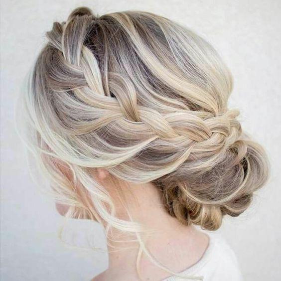 ... DIY pour une coiffure de soirée facile:  Coiffures, La Mode and DIY
