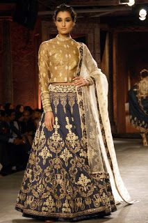 Z Fashion Trend: ELEGANT FULL SLEEVES PARTY WEAR DESIGNER LEHENGA