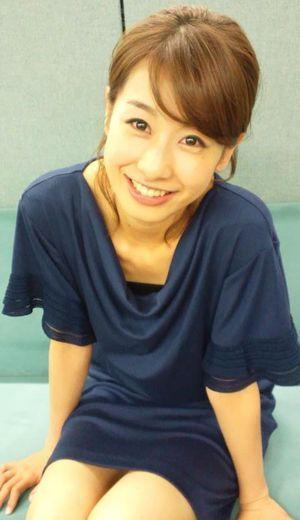 緩めの衣装の加藤綾子