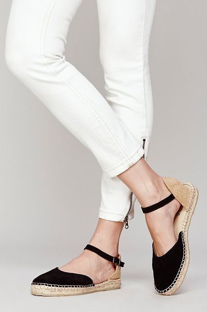 33 Casual Shoes Trending Now shoes womenshoes footwear shoestrends