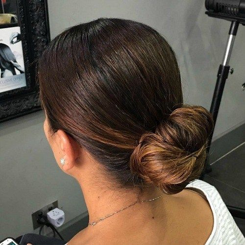 20 Hairstyles For Greasy Hair That Hide Oily Roots Greasy Hairstyles Roots Frisuren Fettige Haare Frisuren Fettige Haare Frisuren