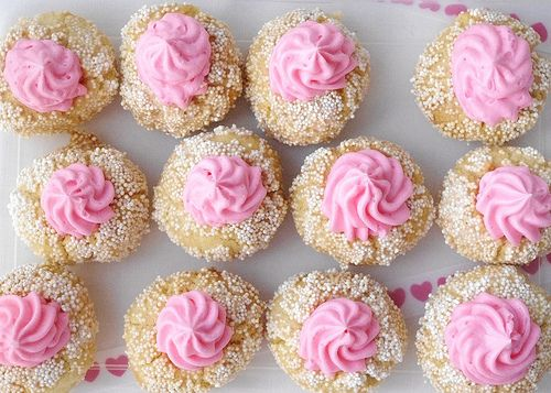 adorable thumbprint valentine cookies.  from An American Cupcake in London.