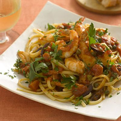 Linguine with shrimp, tomatoes, olives, and capers: