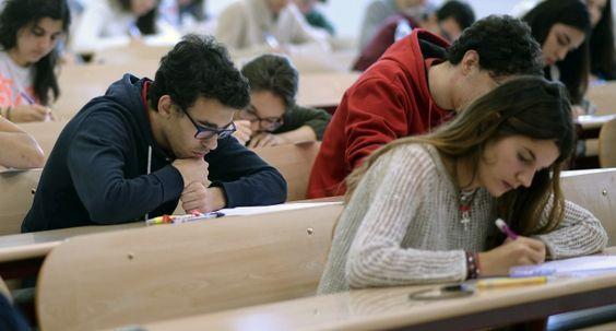El presupuesto de las universidades españolas cae 1.400 millones en cinco años https://t.co/jtaRUkSL5X #España