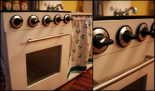 DIY Play Kitchen! These Knobs Actually Turn...Zekeu0027s Knobs Must Turn! |  Play Kitchens!!! | Pinterest | Diy Play Kitchen, Plays And Kitchens