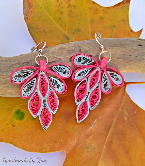 funny dangle quilling paper hot pink earrings, gray earrings, chandelier earrings, boho earrings, quilling jewelry, quilled paper earrings by elrinconcitodezivi on Etsy https://www.etsy.com/listing/248925226/funny-dangle-quilling-paper-hot-pink