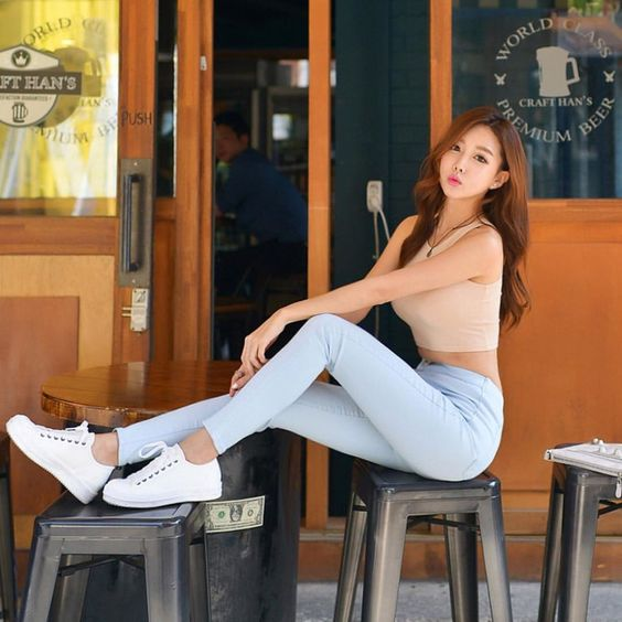 @sweetaj #me #model #beauty #koreanmodel #korea #girl #ootd #portrait #casual #  via ✨ @padgram ✨(http://dl.padgram.com)