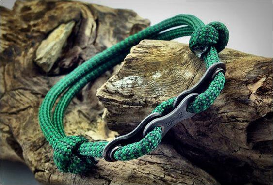 Paracord Bracelets with Bike Chain Links