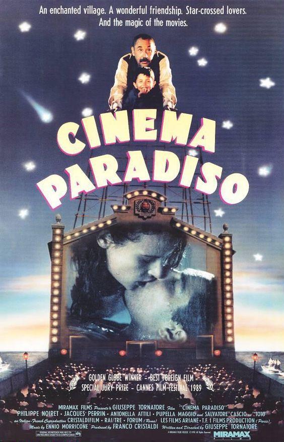 9. Cinema Paradiso (1988). ¡Qué bello es el cine!.Conjuga alegría y tristeza, el final es...simplemente hermoso.