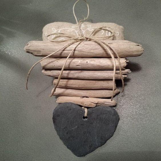 Deco de porte bois flotte coeur ardoise brico bois for Porte photo bois flotte