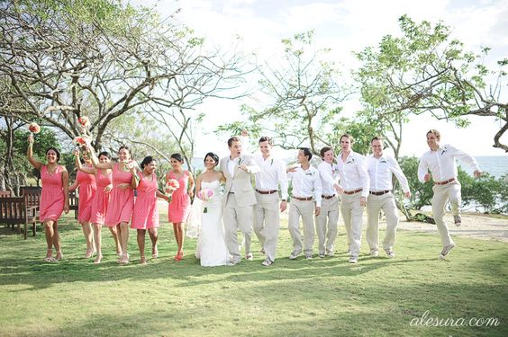 so much better than the posed wedding party photos