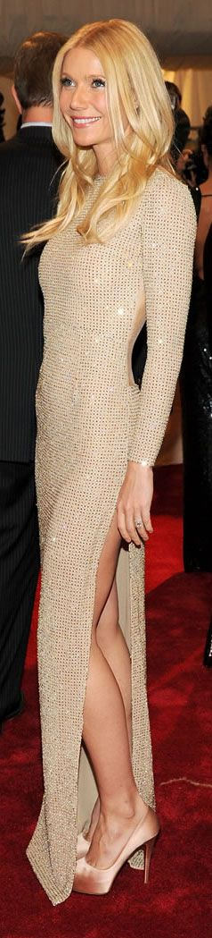 Gwyneth Paltrow en Stella McCartney - ok this is just stunning even though almost no one could wear it.