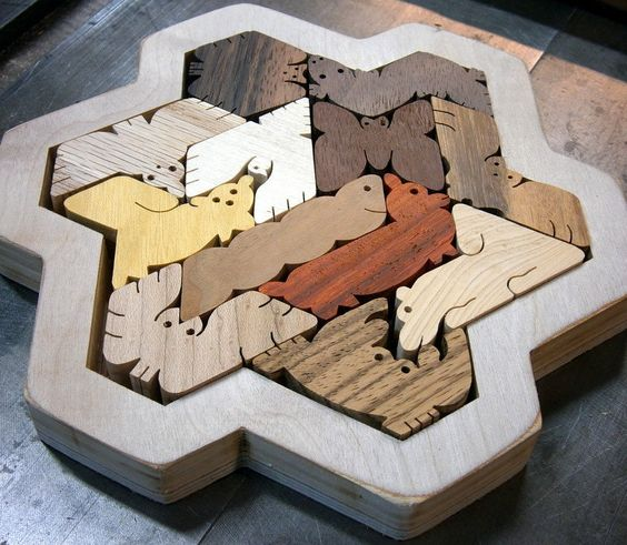 Hexiamond Snowflake Puzzle, by Clif and Beth Nelson