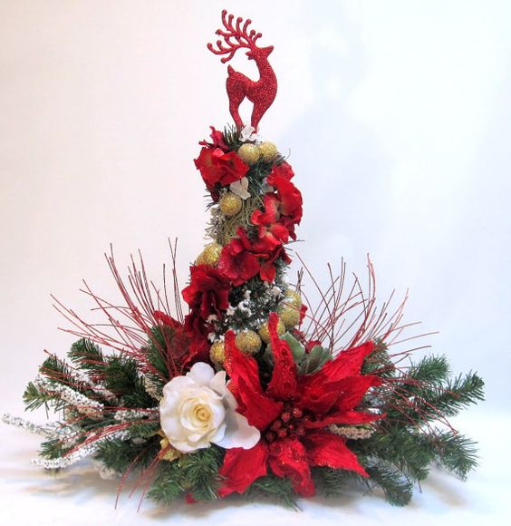 Red poinsettia christmas decor by everythingfloral for Poinsettia arrangements