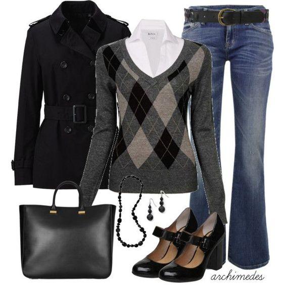 Sueter d rombos, blazer negro, jeans, botas Rodri
