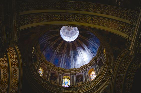 preciosa cúpula de iglesia en granada #granada #wedding #fotografodebodas #fotografia #fotosdeboda