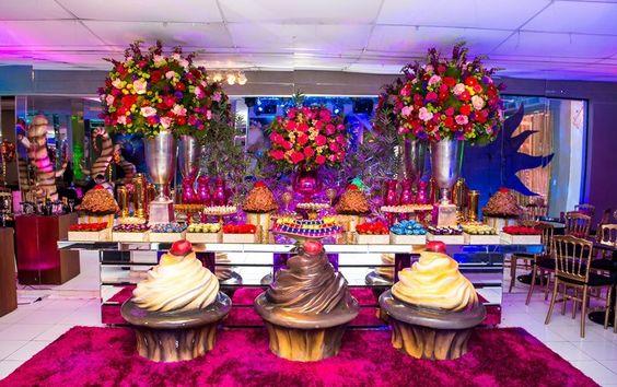 Mesa de doces - Festa Tomorrowland