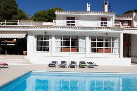 Schau Dir dieses großartige Inserat bei Airbnb an: M2F1670 Chalet Costa de los Pinos - Häuser zur Miete in Son Servera