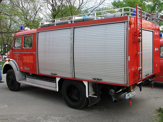 Mercedes 1113 Fire Pump